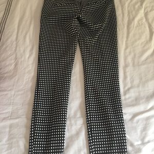 Express Ankle Columnist pants- black/white